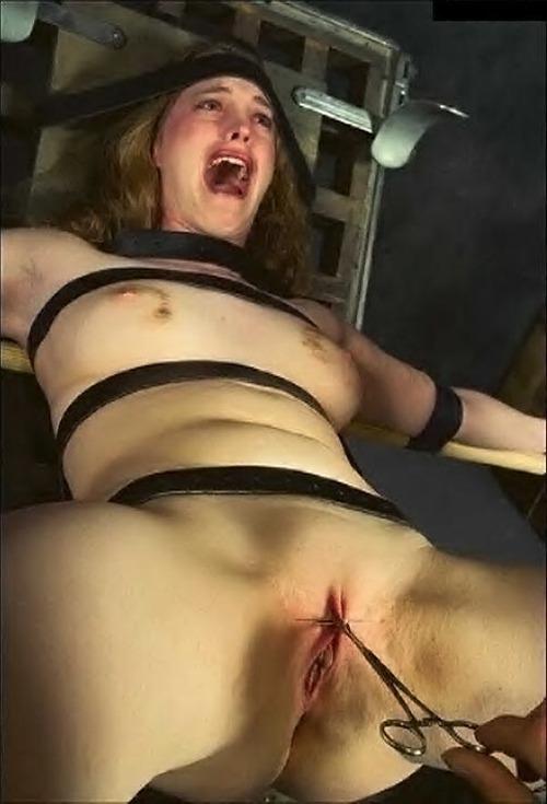 Frau Gefesselt Nackt